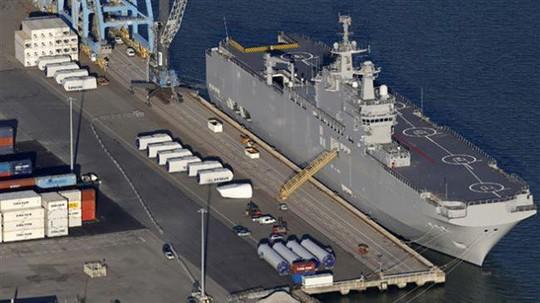Tàu Pháp sản xuất cho Nga chụp từ không trung. Ảnh: Press TV