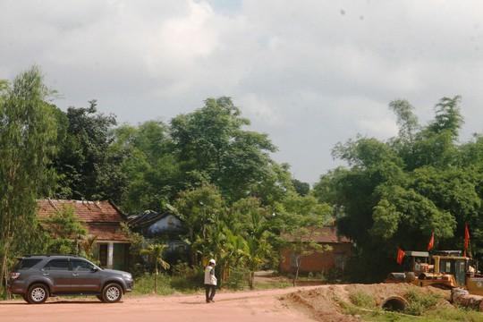 Đơn vị thi công đoạn qua huyện Hòa Vang, TP Đà Nẵng gặp khó do chưa được bàn giao mặt bằng
