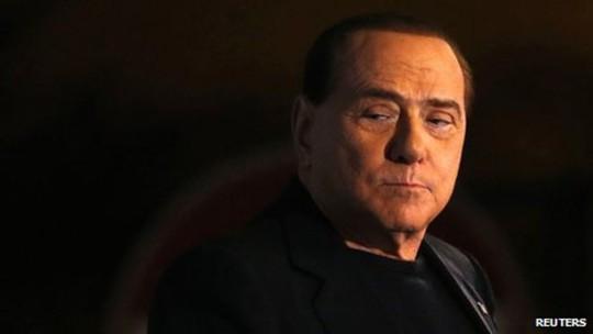Cựu Thủ tướng Ý Silvio Berlusconi bị kết án 3 năm tù giam vì tội hối lộ. Ảnh: Reuters