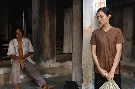 Hạnh Thúy vai Ba Thuận trong phim Sống trong sợ hãi