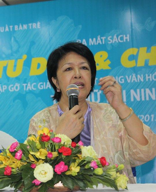 Bà Tôn Nữ Thị Ninh giao lưu trong ngày ra mắt sách