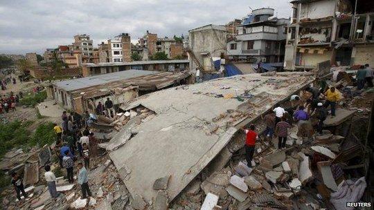 Chung tay hỗ trợ Nepal sau thảm họa kinh hoàng