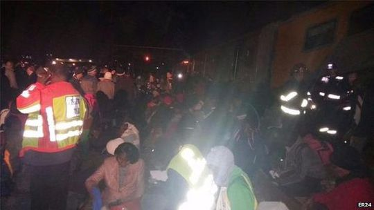 Những nạn nhân được sơ cứu tại hiện trường.