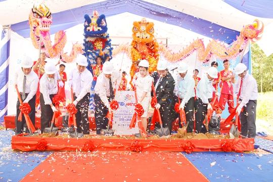 Lễ động thổ Nhà máy Sản xuất Sữa và Ngũ cốc nẩy mầm GABA DFB Hanco Việt Nam