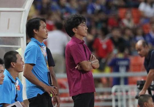 Nỗi lo lắng của HLV Miura trước sức ép của Thái Lan