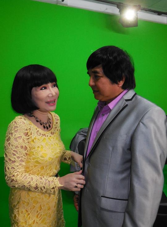 NSƯT Thanh Kim Huệ (Lan) và Chí Tâm (Điệp) hội ngộ sau 43 năm