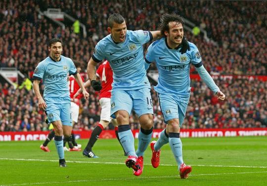 Man City khởi đầu như mơ với bàn thắng của Aguero