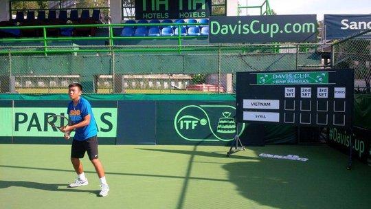 Hoàng Nam thi đấu xuất thần trong ngày thứ hai Davis Cup 2015