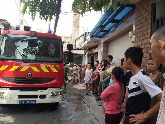 Nhà cháy, bé gái 8 tuổi thoát chết nhờ trốn trong nhà vệ sinh