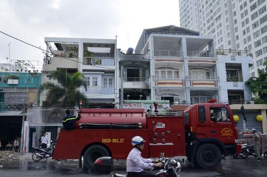 PCCC quận 8 đã dập tắt được đám cháy tại quán phở sau 20 phút chữa cháy