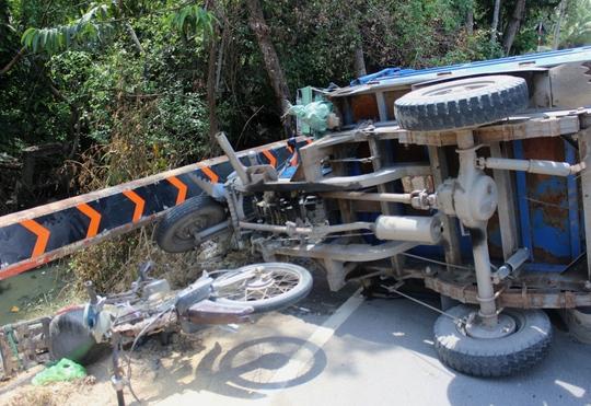 Hiện trường sau vụ tai nạn