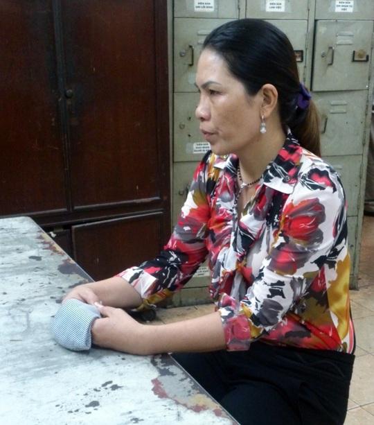 Nhờ chiếc áo, chị Trân đã nhận diện được kẻ trộm 5 lượng vàng của gia đình