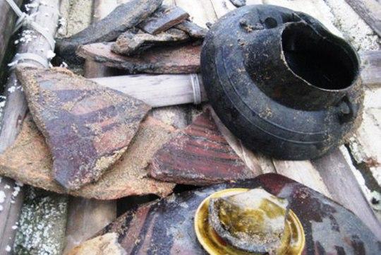 Một số hiện vật được tìm thấy trên con tàu gỗ