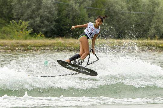 VĐV lướt ván Aaliyah Yoong Hanifa Ảnh: THE STAR