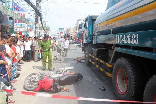 Xe bồn cán chết người trên đường Tân Kỳ Tân Quý