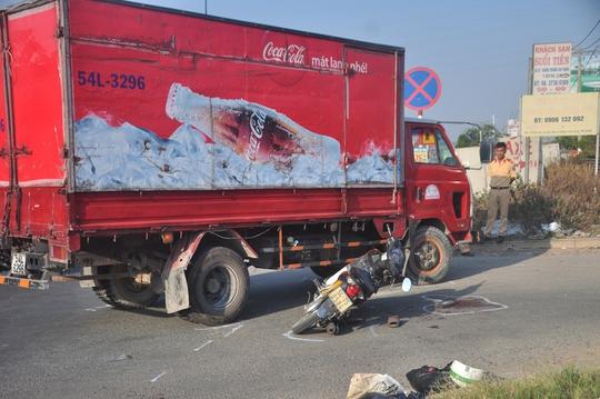 Xe tải đã ôm cua đột ngột được cho là nguyên nhân dẫn đến vụ tai nạn