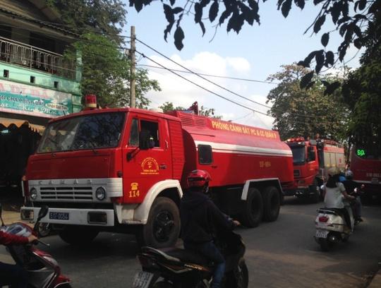 Lực lượng PCCC có mặt tại hiện trường ứng cứu