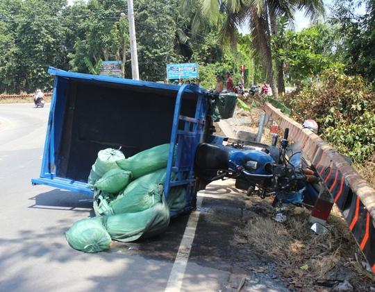 Người dân phản ánh khúc cua này thường xuyên xảy ra các vụ tai nạn giao thông