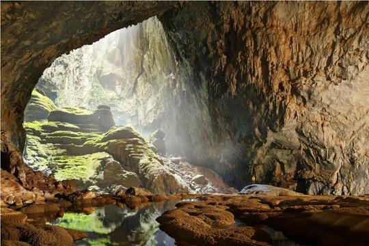 Những hoá thạch hơn 400 triệu năm tuổi ở bên trong hang Sơn Đoòng