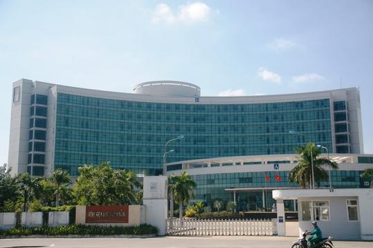 Giám đốc Bệnh viện Ung thư Đà Nẵng cho biết chưa nắm thông tin về sức khỏe cũng như việc điều trị của ông Nguyễn Bá Thanh nhưng bệnh viện luôn sẵn sàng tiếp nhận điều trị
