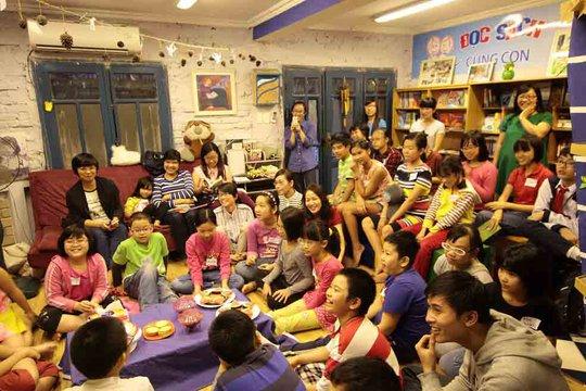 Cộng đồng đọc sách gia đình của CLB Đọc sách cùng con. (Ảnh do CLB Đọc sách cùng con cung cấp)