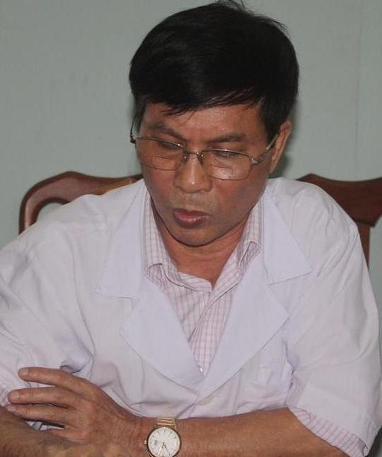 Ông Trần Khắc Tiến, Giám đốc BVĐK Diễn Châu cho biết đã tạm đình chỉ công tác 3 cá nhân liên quan đến vụ mẹ con thai phụ Vân tử vong.