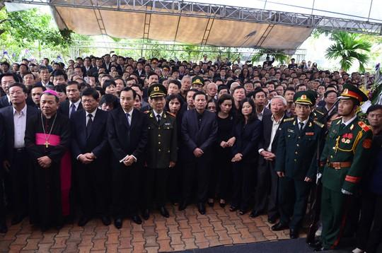 Hàng ngàn người dự lễ truy điệu ông Nguyễn Bá Thanh