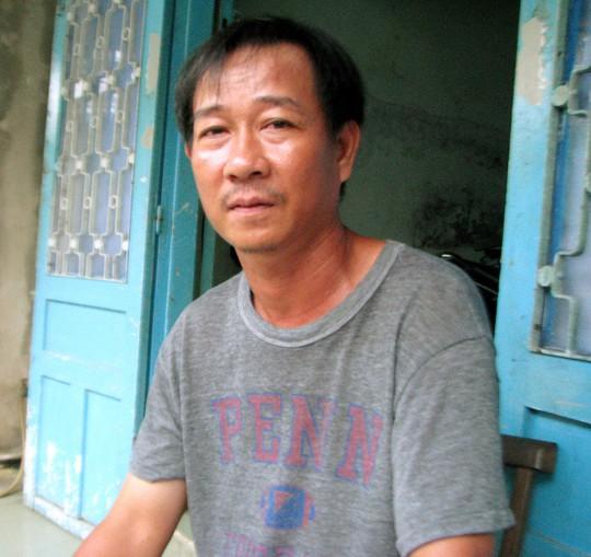 Anh Nguyễn Phước Thành đã phần nào yên tâm với việc học của con hiện tại.
