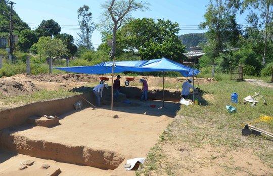 Khai quật tại di chỉ khảo cổ Khuê Bắc
