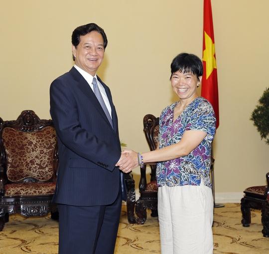 Giáo sư Lưu Lệ Hằng tại buổi gặp gỡ Thủ tướng Nguyễn Tấn Dũng Ảnh: TTXVN