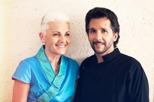 Đôi vợ chồng diễn giả Kaya và Christiane Ảnh: UCM