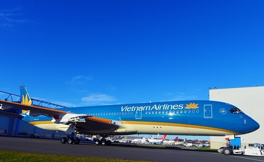 A305 XWB vừa rời khỏi xưởng sơn ở nhà máy chế tạo máy bay tại Touluose, Pháp