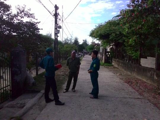 Lực lượng công an có mặt tại hiện trường điều tra sự việc