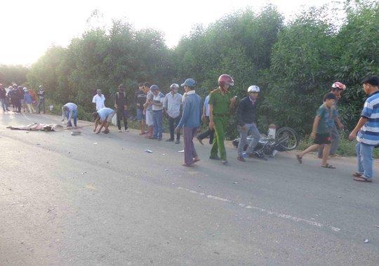 Hiện trường vụ tai nạn tại xã Quế Cường làm anh Mẫn tử vong tại chỗ