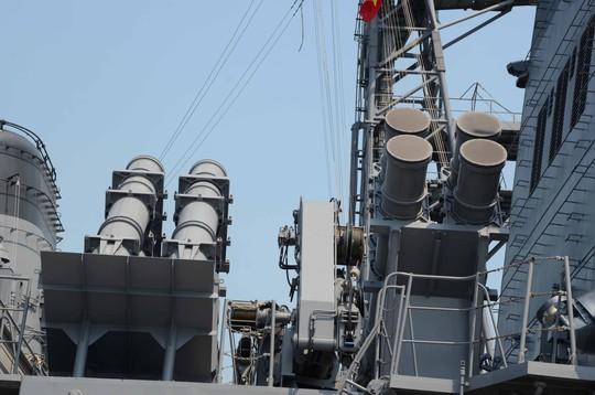 Tàu JS Kirisame được trang bị 8 tên lửa đối hạm