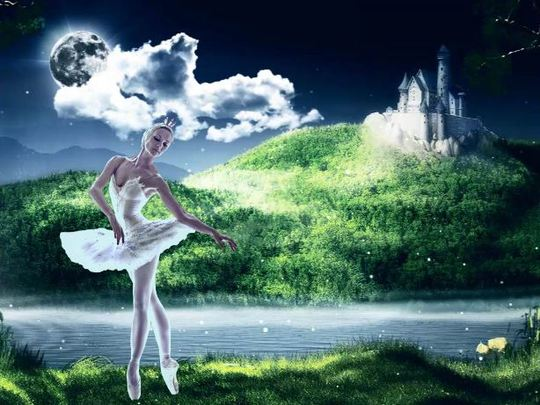 Hồ Thiên nga cổ điển kết hợp cùng công nghệ 3D hiện đại của nhà hát Talarium Et Lux