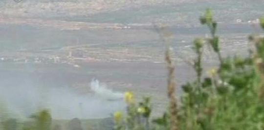 Lực lượng Israel sau đó đã đáp trả bằng hỏa lực pháo binh trở lại khu vực gần biên giới Lebanon. Ảnh: Sputnik