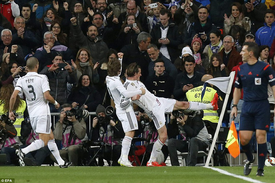 Gareth Bale giải tỏa ức chế sau 700 phút tịt ngòi