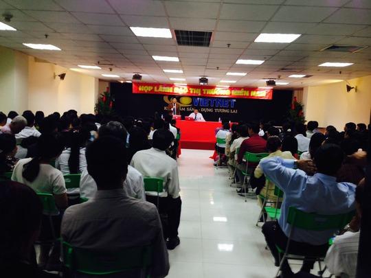 Buổi hội thảo bán hàng đa cấp của Công ty CP LMTDVN với hàng trăm người tham gia
