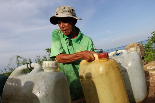 Công trình nước sạch không hoạt động, người dân xã Tịnh Kỳ, TP Quảng Ngãi phải mua nước sinh hoạt giá cao