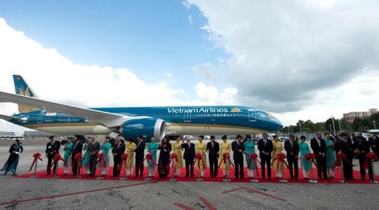 Tổng Bí thư dự lễ bàn giao Boeing 787-9 đầu tiên cho Việt Nam