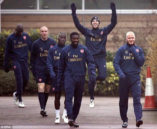 Beckham từng có thời gian tập luyện cùng Arsenal để giữ phong độ