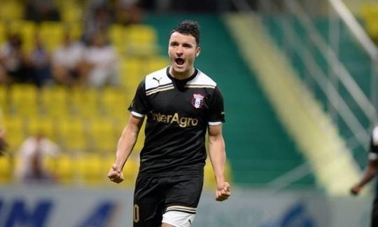 Cầu thủ Budescu