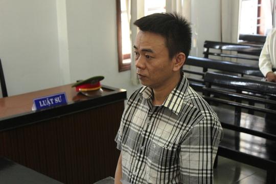 Bị cáo Hải giả danh nhà báo tống tiền CSGT tại phiên tòa