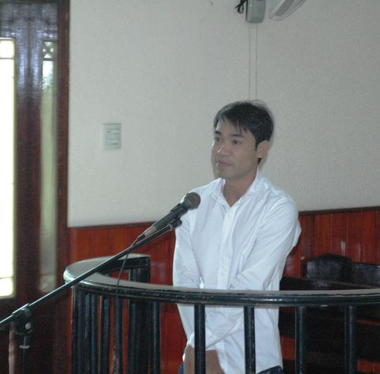 Nguyễn Thanh Tuấn tại tòa