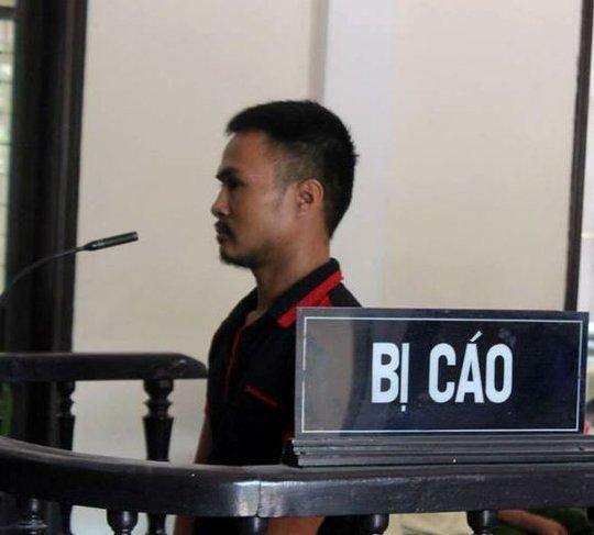 Bị cáo Tuấn tại phiên tòa. Ảnh: Thái Cao