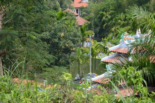Hiện quận Liên Chiểu đang chờ ý kiến chỉ đạo của UBND TP Đà Nẵng về việc giữ lại hệ thống nhà rường của công trình nhà ông Quang để phục vụ cho du lịch
