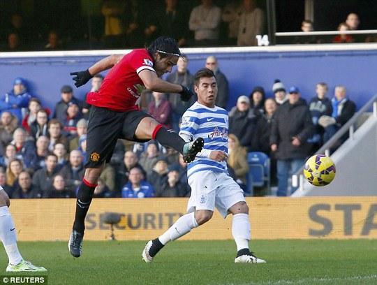 Falcao có nhiều cơ hội nhưng không thể ghi bàn cho M.U