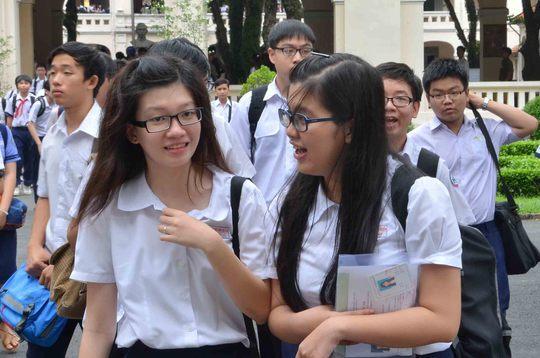 Học sinh thi vào lớp 10 tại Trường THPT chuyên Lê Hồng Phong (TP HCM) năm 2014 Ảnh: TẤN THẠNH