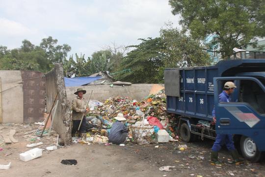 Những ngày trước, trong và sau Tết, có khoảng hơn 7.000 công nhân thu gom rác ở TP HCM